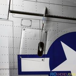 Avion P-51D Mustang 20cc ARF